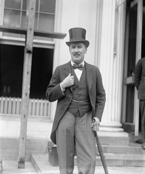 Image of Howard Carter at the White House to meet President Coolidge, 1924 (b/w photo), American Photographer, (20th century) / American, Private Collection, © Bridgeman Images