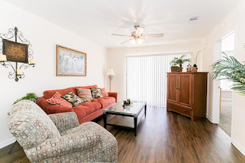 Go to Sea Breeze Floorplan page.