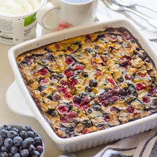 Berry Banana Quinoa and Steel Cut Oats Breakfast Bake
