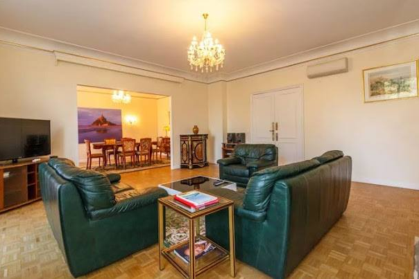 Spacious living area at Rue de Monceau Serviced Apartment, Champs Elysees