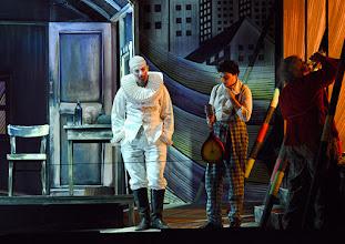 Photo: Salzburger Osterfestspiele 2015: I PAGLIACCI. Premiere 28.3.2015, Inszenierung: Philipp Stölzl. Jonas Kaufmann, Tansel Alzeybek,  Dimitri Platanias.  Copyright: Barbara Zeininger
