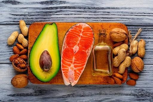 Các nhà khoa học phát hiện ra mối quan hệ giữa thực phẩm và bộ não. Ăn những thực phẩm dinh dưỡng này sẽ khiến não bộ bình tĩnh, giảm thiểu lo âu.