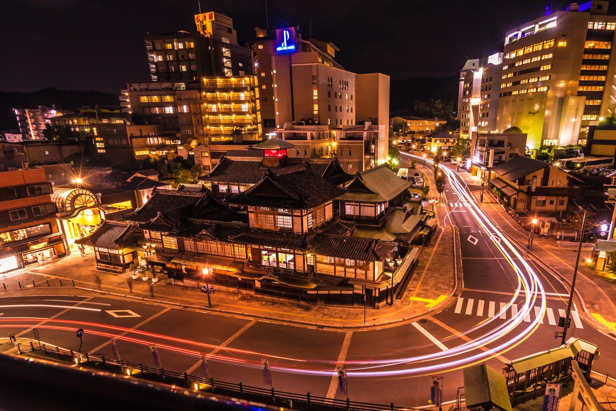 Dogo Onsen Honkan promenade Night view (light-up)1