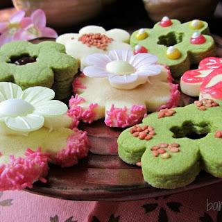 Sakura Shortbread Cookies.