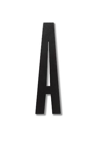 Design Letters Bokstav i svart trä