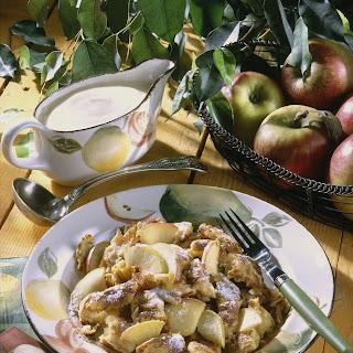 Apfelschmarrn mit Zimtzucker