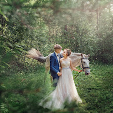 Wedding photographer Oksana Pipkina (Pipkina). Photo of 06.08.2017