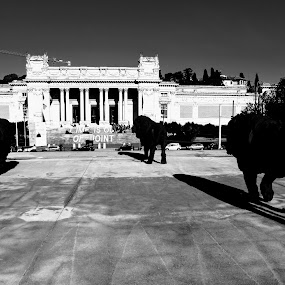 Time is out of joint by Paulo Rodrigues - Black & White Buildings & Architecture ( b&w, roma, itália, photo, fuji )