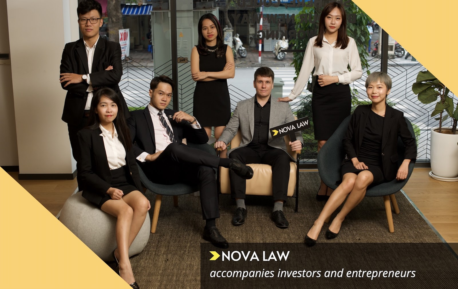 Register company in Vietnam lawyer service
