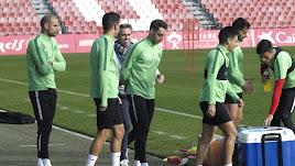Aguza volvió a entrenar con sus compañeros.