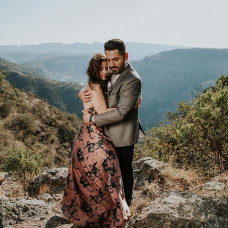 Wedding photographer Roberto Melendez (35e97d5cd44a5ac). Photo of 04.06.2017
