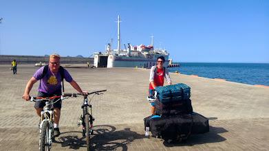 Photo: On atteint notre but: l'île de Santo Antao