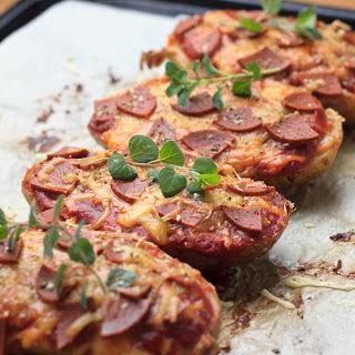 Baked Potato Pizzas [Vegan]