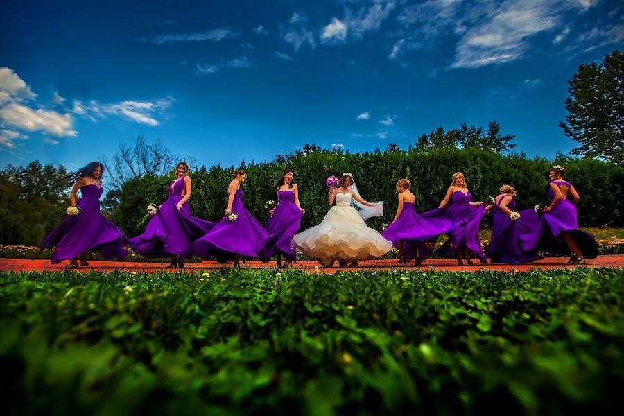 Wedding photographer Daniel Dumbrava (dumbrava). Photo of 03.01.2017