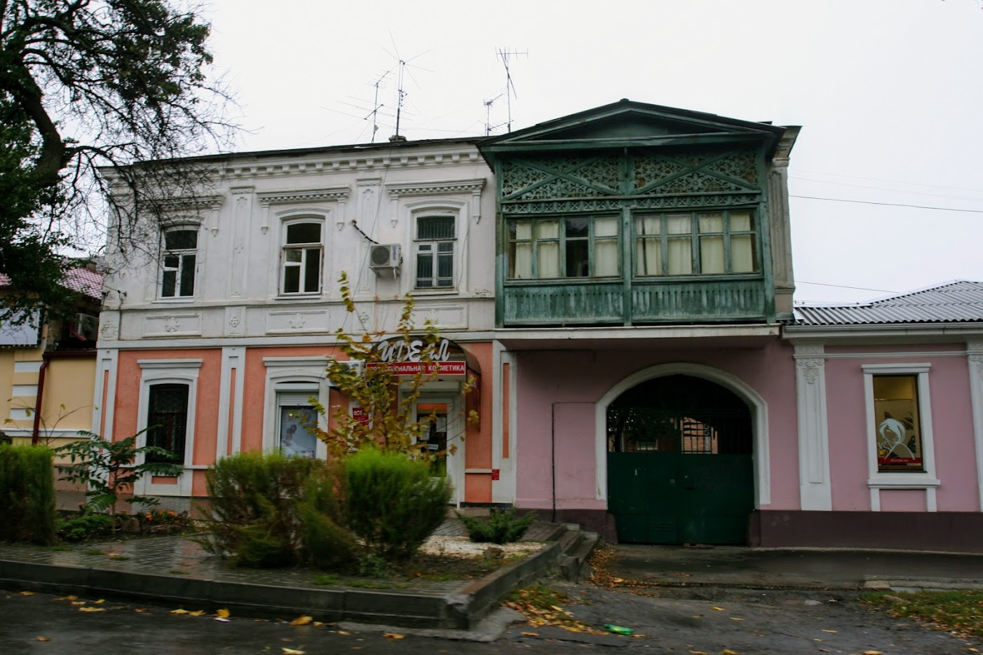 https://sites.google.com/site/istoriceskijtaganrog/kampengauzenskij-pereulok/dom-s-6