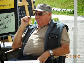 Photo: Ein sichtlich zufriedener und immer willkommener Gast, Paul Lüdi