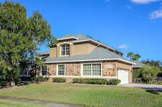Orlando villa close to Disney, gated community, secluded pool and spa, home cinema