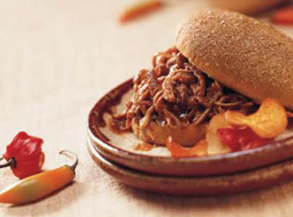 Slow Cooked Pulled Jerk Pork Sandwiches