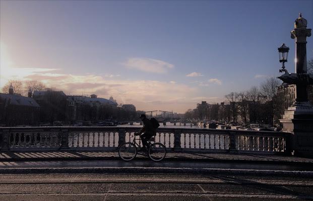 Amsterdam:Il ponte della regina e le sue simmetrie di FeelFraa