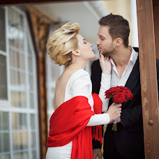 Wedding photographer Evgeniy Semenychev (SemenPhoto17). Photo of 10.11.2014