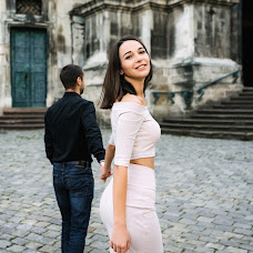 Wedding photographer Alena Smirnova (AlenkaS). Photo of 07.10.2018