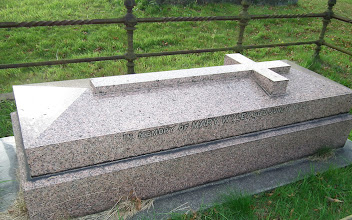 Photo: Mary Wyley's tomb