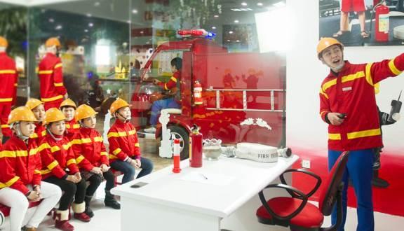 Hướng dẫn ngoại khóa bảo tàng phòng không - khu vui chơi Vinke cho học sinh
