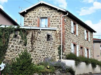 maison à Aveizieux (42)