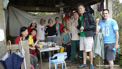 Photo: We met this group of hikers on our way -- they shared tea, coffee, crackers with us (and laughed at our Beijinghua)