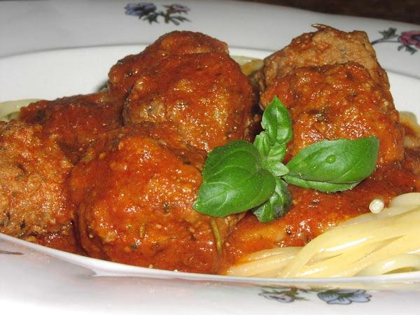 Italian Meatballs In Tomato-pesto-sauce Recipe