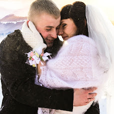 Wedding photographer Olga Kuznecova (Olga22). Photo of 23.04.2014