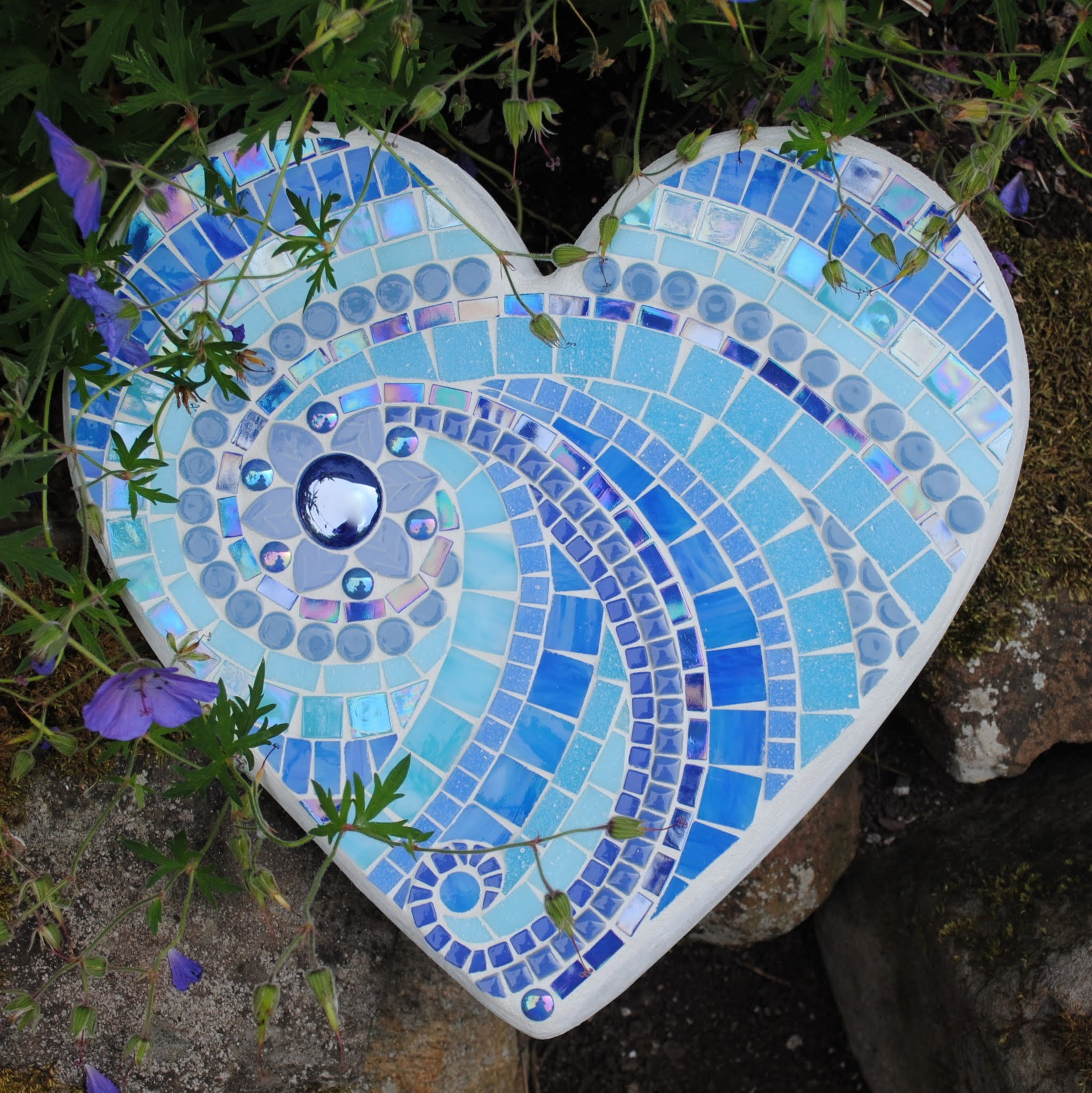 Mosaic Garden Accents & Pottery
