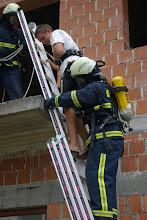 Photo: Reševanje osebe.