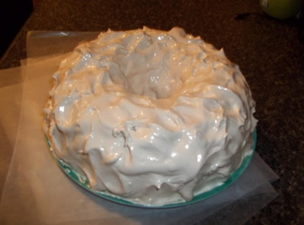 Root Beer Float Cake With Root Beer White Fluff Icing Recipe