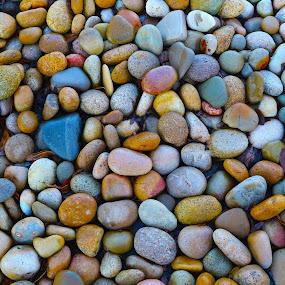 by Lauren Manzano - Nature Up Close Rock & Stone