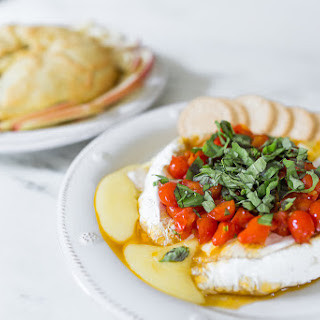 Baked Brie With Pie Crust Recipes.