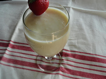 Pineapple Buttermilk Smoothie Recipe