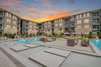 Go to Citron Allen Station Apartments website