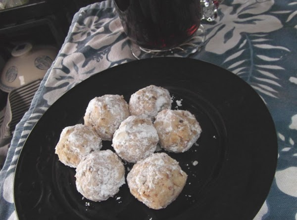 When they are completely cool, roll in powdered sugar again, if desired.