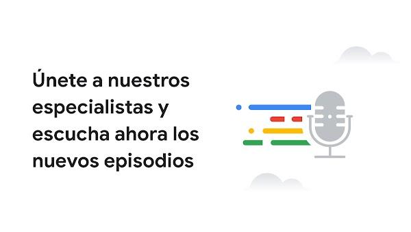 Micrófono con líneas que simbolizan el sonido en los colores de Google