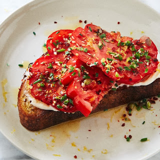 Tomato Toast with Chives and Sesame Seeds Recipe