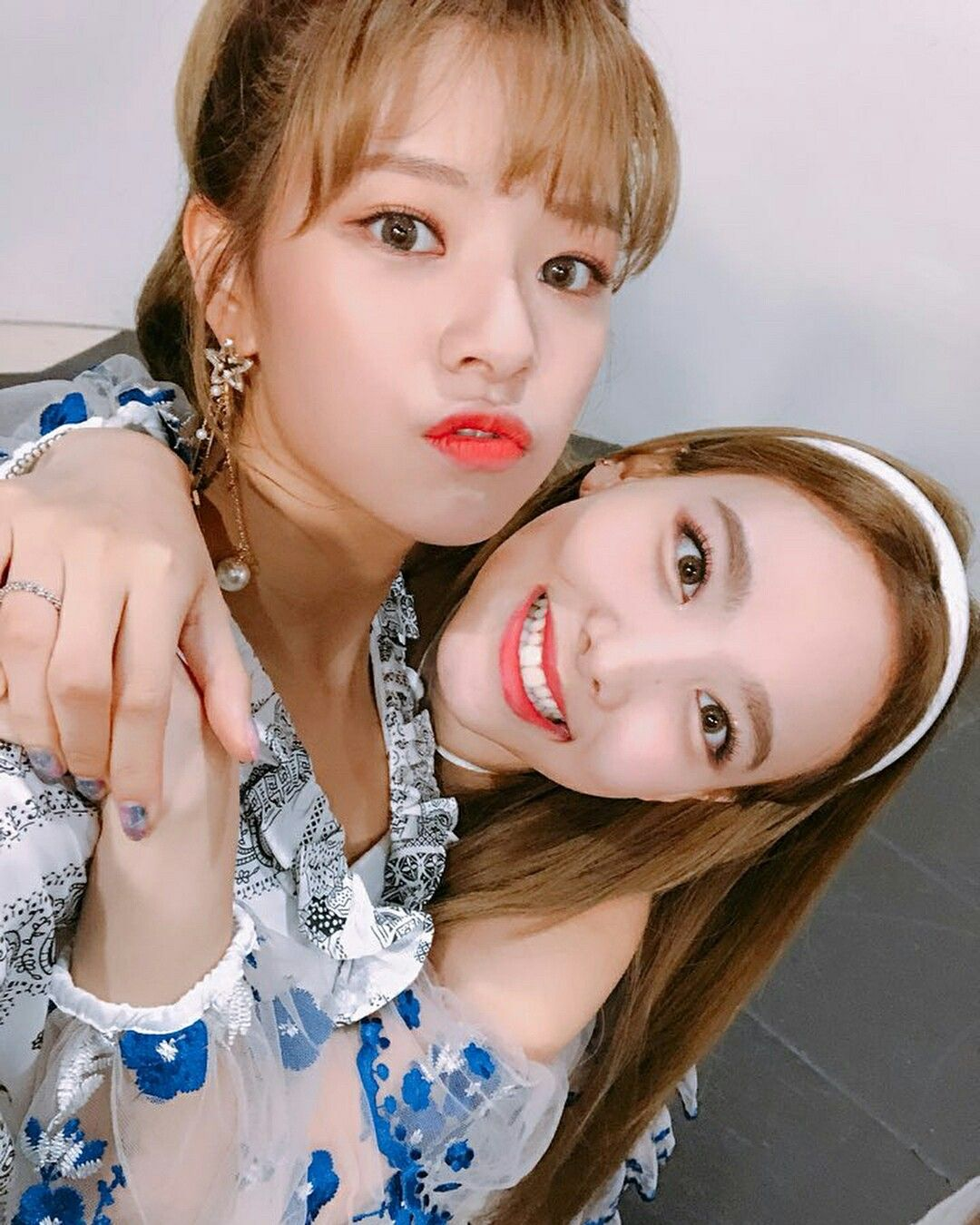 twice nayeon jeongyeon twicetagram