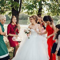 Jurufoto perkahwinan Anton Svarovskiy (swarovsky). Foto pada 13.03.2019