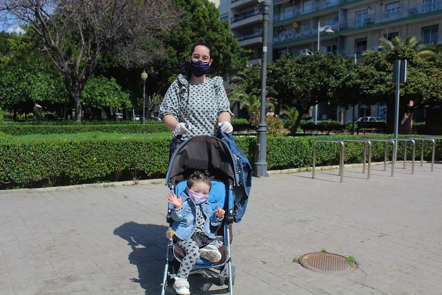 Tomando el sol y paseando por el Parque Nicolás Salmerón.