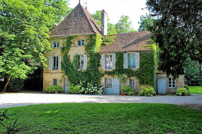 A Stylish and Gorgeous Chateau in the Famed Vineyards of Meursault Burgundy in cote-dazur