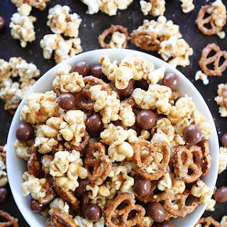 Peanut Butter Pretzel Popcorn