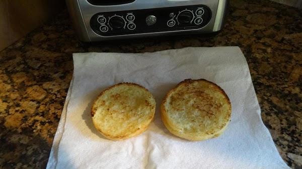 ½ Toasted Glutino Gluten-Free English muffin