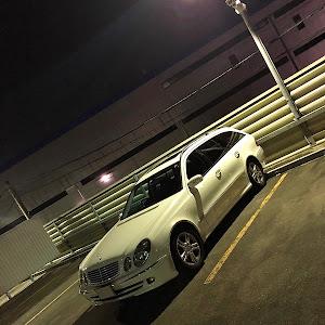Eクラス ステーションワゴン W211のカスタム事例画像 とよでぃーさんの2020年11月14日02:32の投稿