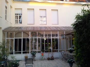 Maison 11 pièces 368 m2