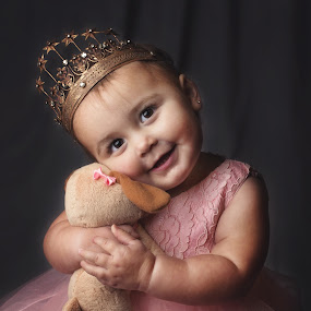 Queen and her Puppy by Jeannie Meyer - Babies & Children Child Portraits ( canon, off camera flash, crown, thunder gray, 50mm, child portrait, puppy, pink dress,  )